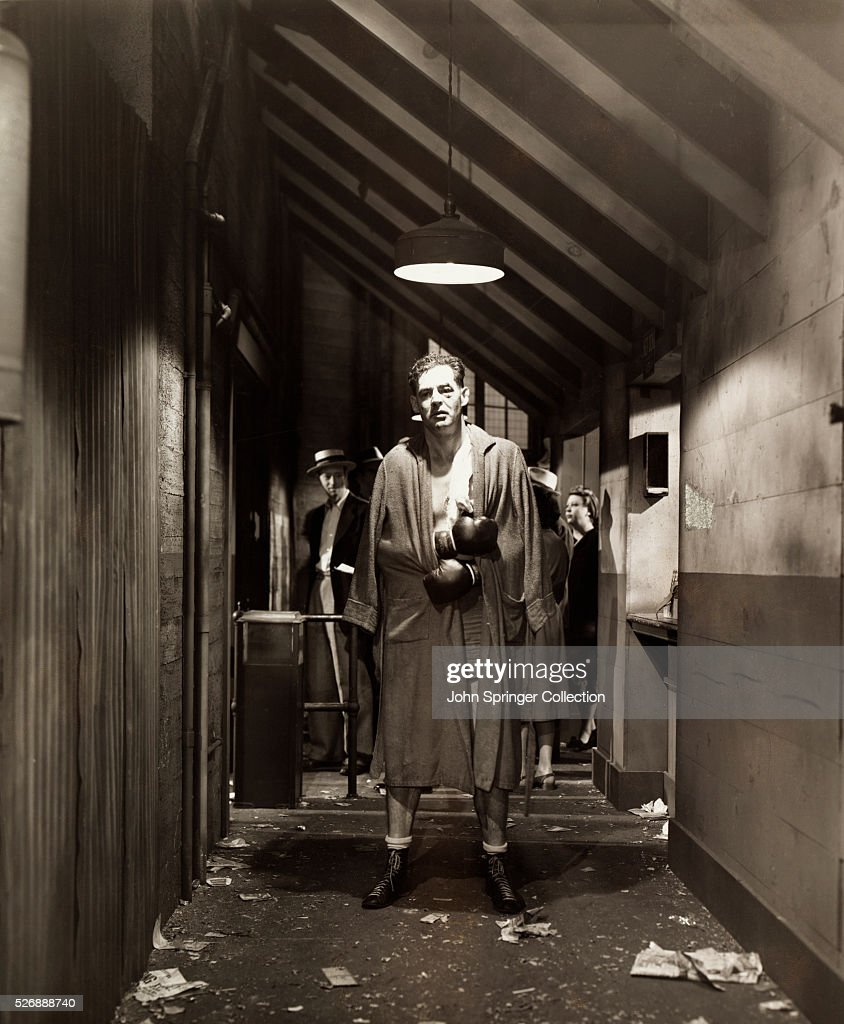 Actor Robert Ryan plays the boxer Stoker in the 1949 film The SetUp