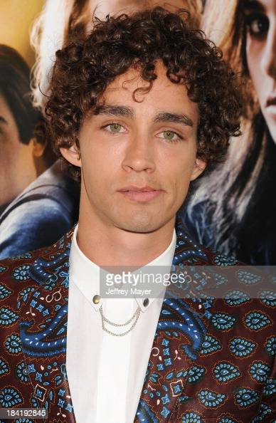 Actor Robert Sheehan arrives at the Los Angeles premiere of 'The Mortal Instruments City Of Bones' at ArcLight Cinemas Cinerama Dome on August 12...