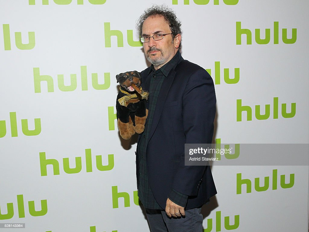 Actor <a gi-track='captionPersonalityLinkClicked' href=/galleries/search?phrase=Robert+Smigel&family=editorial&specificpeople=2149912 ng-click='$event.stopPropagation()'>Robert Smigel</a> attends the 2016 Hulu Upftont on May 04, 2016 in New York, New York.