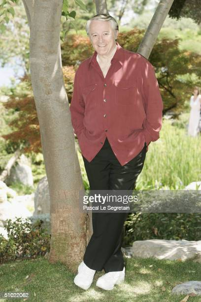 Actor Robert Vaughn poses during a photocall at the 44th MonteCarlo Television Festival on July 3 2004 in Monte Carlo MonacoThe Celebration of Global...