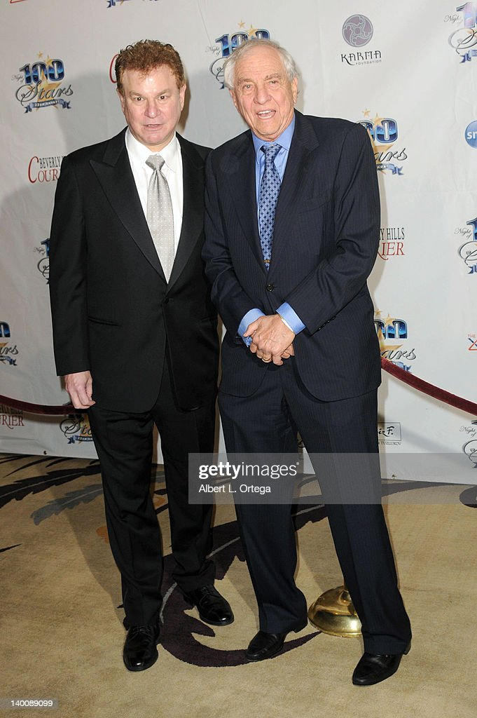 Actor <a gi-track='captionPersonalityLinkClicked' href=/galleries/search?phrase=Robert+Wuhl&family=editorial&specificpeople=224831 ng-click='$event.stopPropagation()'>Robert Wuhl</a> and director Garry Marshall arrive for Norby Walters' 22nd Annual Night Of 100 Stars Oscar Viewing Gala held at The Beverly Hills Hotel on February 26, 2012 in Beverly Hills, California.