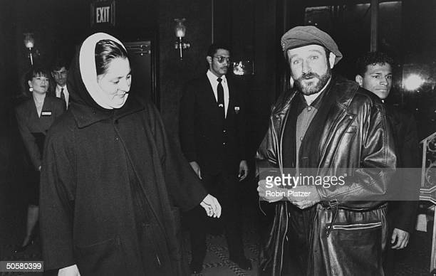Actor Robin Williams and wife Marcia at the premiere the motion picture Blaze Prob NYC