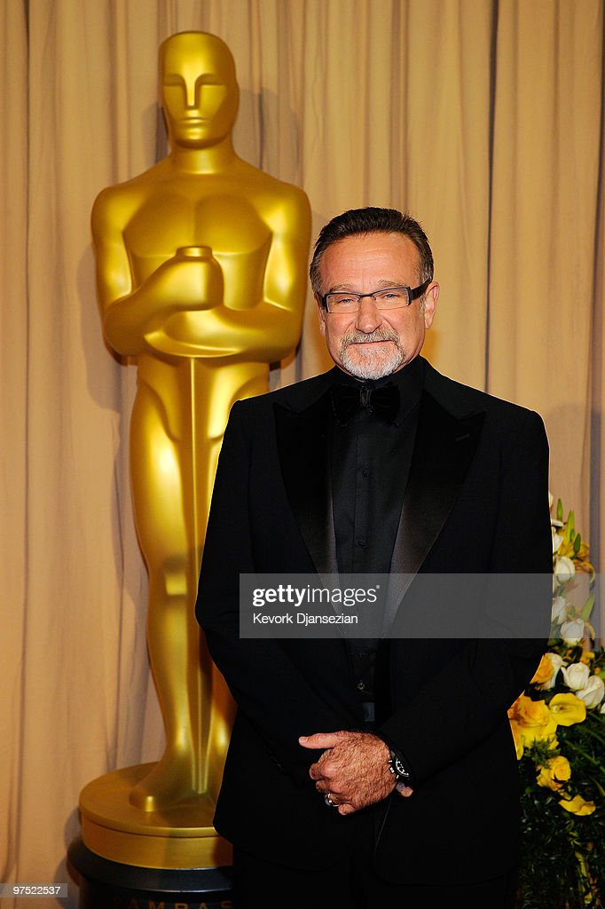 Actor Robin Williams arrives backstage at the 82nd Annual Academy Awards held at Kodak Theatre on March 7 2010 in Hollywood California