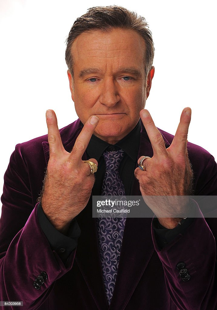 Actor <a gi-track='captionPersonalityLinkClicked' href=/galleries/search?phrase=Robin+Williams&family=editorial&specificpeople=174322 ng-click='$event.stopPropagation()'>Robin Williams</a> poses for a portrait during the 35th Annual People's Choice Awards held at the Shrine Auditorium on January 7, 2009 in Los Angeles, California.