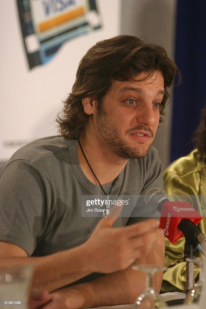 Actor Rodrigo De La Serna From The Cast Of Motorcycle Diaries Answers A Reporters