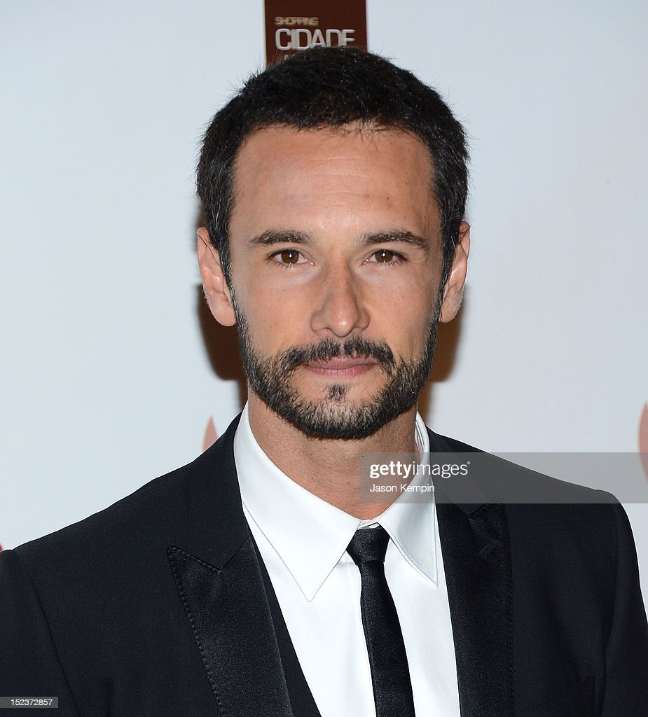 Actor <a gi-track='captionPersonalityLinkClicked' href=/galleries/search?phrase=Rodrigo+Santoro&family=editorial&specificpeople=208948 ng-click='$event.stopPropagation()'>Rodrigo Santoro</a> attends the Annual Brazil Foundation Gala Party at the American Museum of Natural History on September 19, 2012 in New York City.