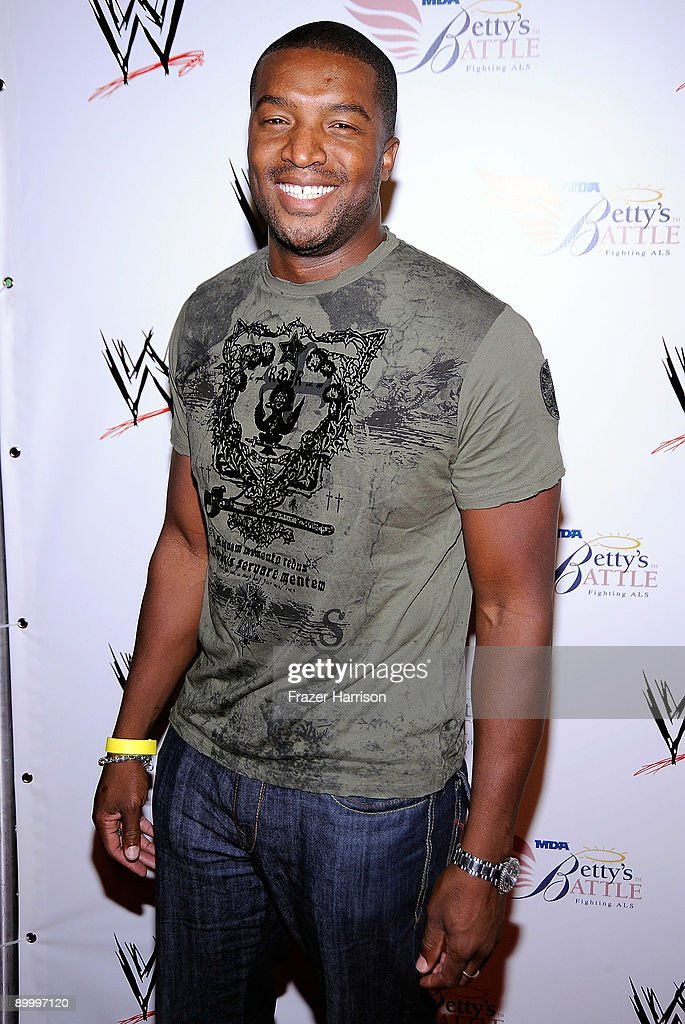 Actor Roger Cross arrives at the WWE's SummerSlam Kickoff Party at H-Wood Club on August 21, 2009 in Hollywood, California.