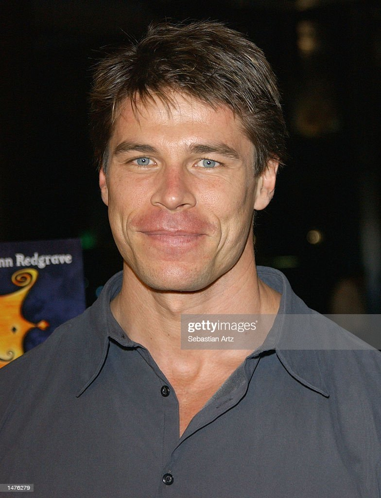 Actor Roland Kickinger arrives at the premiere of the movie 'Hansel & Gretel' on October 14, 2002 in Los Angeles, California.