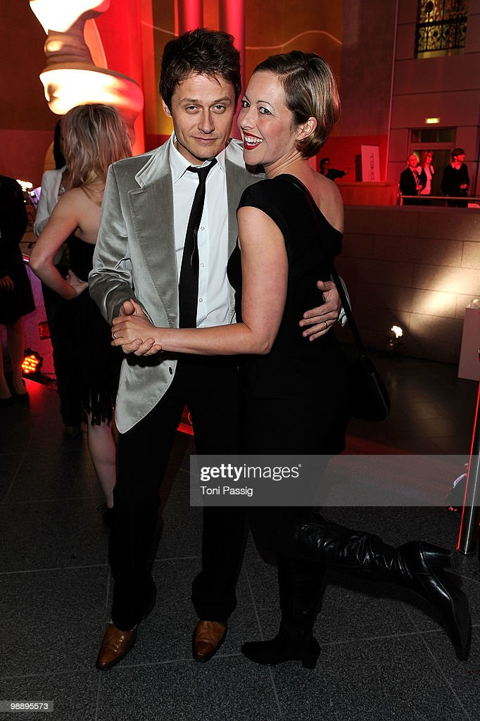 Actor Roman Knizka and wife Stefanie Mensing attend the 'OK! Style Award 2010' at the British Embassy on May 6, 2010 in Berlin, Germany.