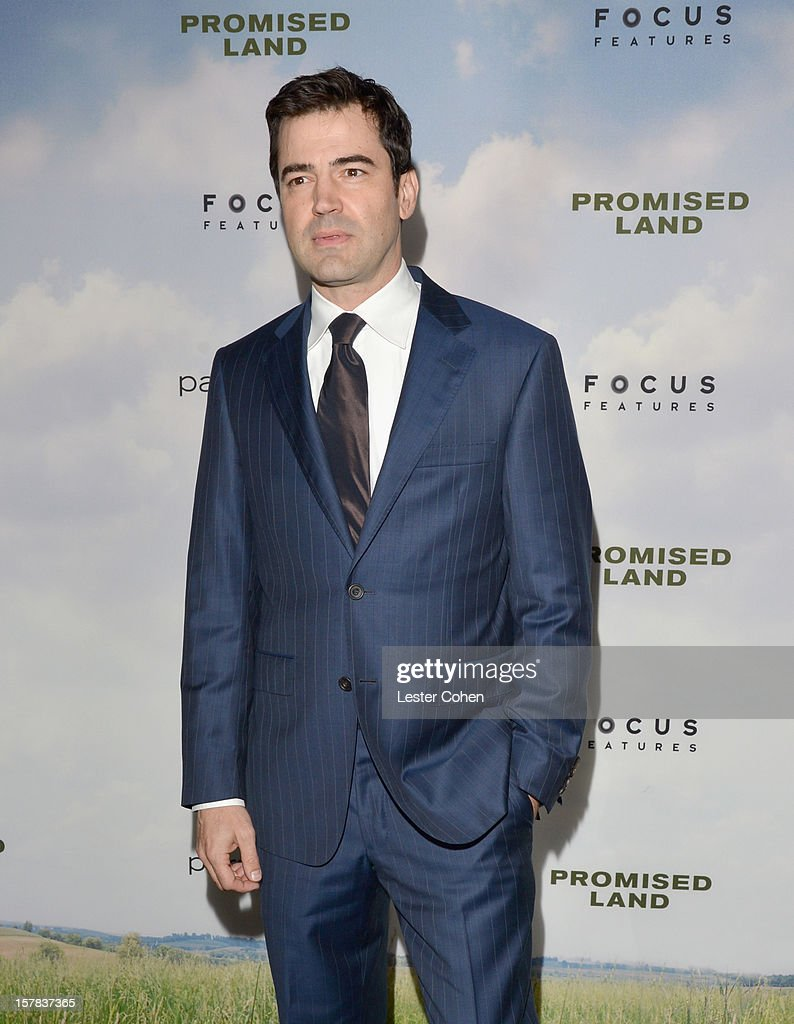 Actor Ron Livingston attends the ''Promised Land' Los Angeles premiere at Directors Guild Of America on December 6, 2012 in Los Angeles, California.