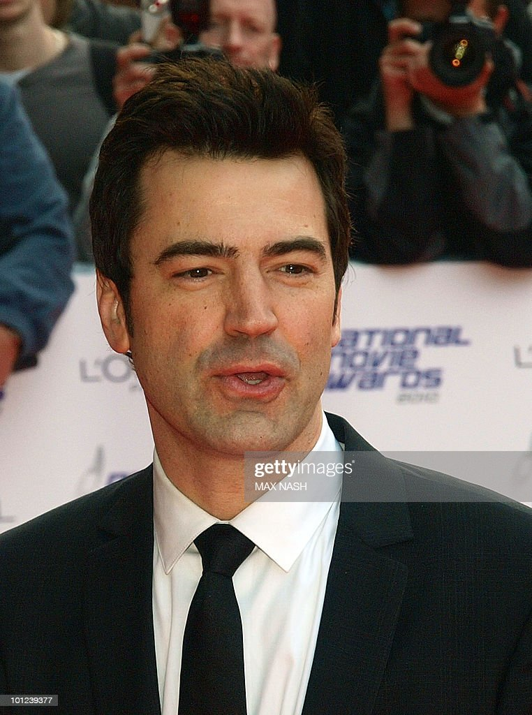 US actor Ron Livingstone arrives at the National Movie Awards in London's Royal Festival Hall on May 26, 2010. AFP Photo/MAX