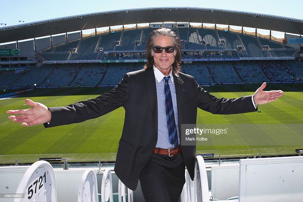 A-League Rd 4 - Sydney v Central Coast