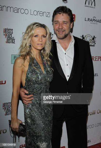 Actor Russell Crowe and wife Danielle Spencer attend the Artists for Peace and Justice Fundraiser at the VIP Room Palm Beach during the 63rd Annual...