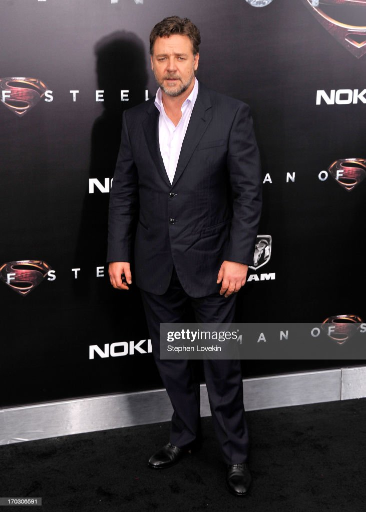 Actor <a gi-track='captionPersonalityLinkClicked' href=/galleries/search?phrase=Russell+Crowe&family=editorial&specificpeople=202609 ng-click='$event.stopPropagation()'>Russell Crowe</a> attends the 'Man Of Steel' world premiere at Alice Tully Hall at Lincoln Center on June 10, 2013 in New York City.
