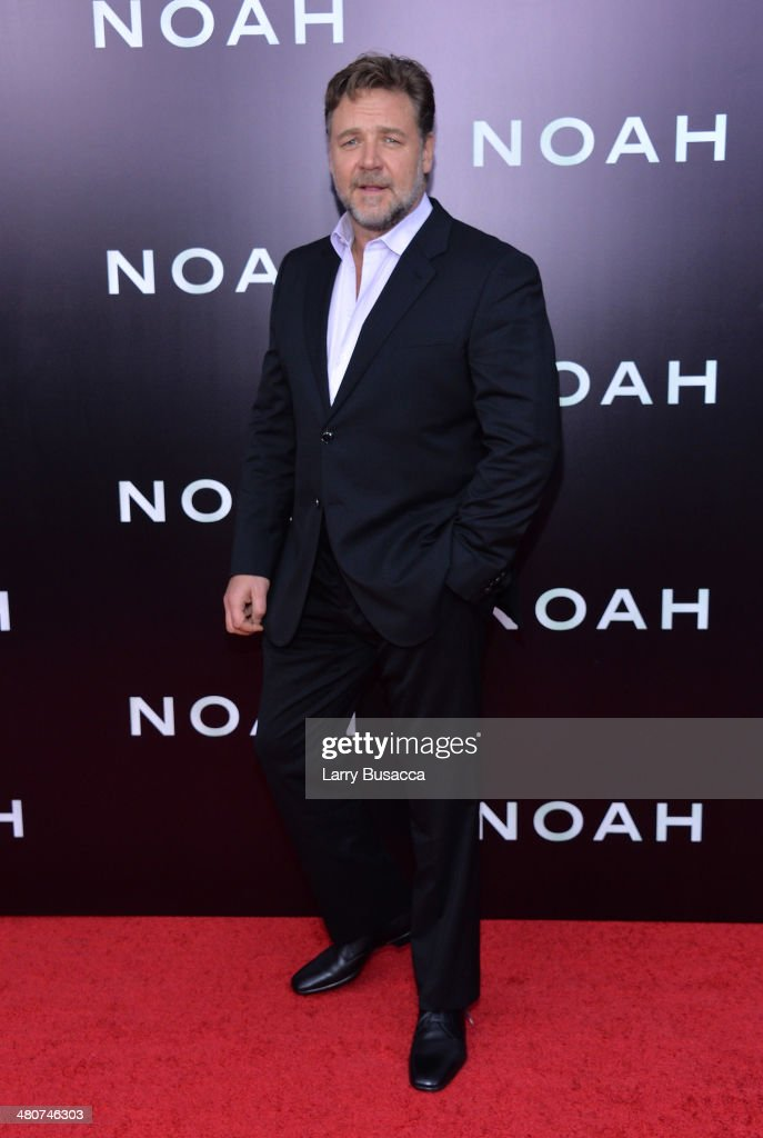 Actor <a gi-track='captionPersonalityLinkClicked' href=/galleries/search?phrase=Russell+Crowe&family=editorial&specificpeople=202609 ng-click='$event.stopPropagation()'>Russell Crowe</a> attends the New York premiere of Paramount Pictures' 'Noah' at the Ziegfeld Theatre on March 26, 2014 in New York City.