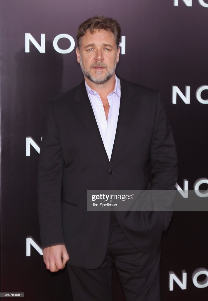 Actor <a gi-track='captionPersonalityLinkClicked' href=/galleries/search?phrase=Russell+Crowe&family=editorial&specificpeople=202609 ng-click='$event.stopPropagation()'>Russell Crowe</a> attends the 'Noah' New York Premiere at Ziegfeld Theatre on March 26, 2014 in New York City.