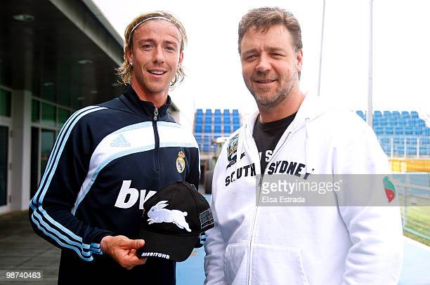 Actor Russell Crowe poses with Guti of Real Madrid during a visit to Valdebebas on April 29 2010 in Madrid Spain
