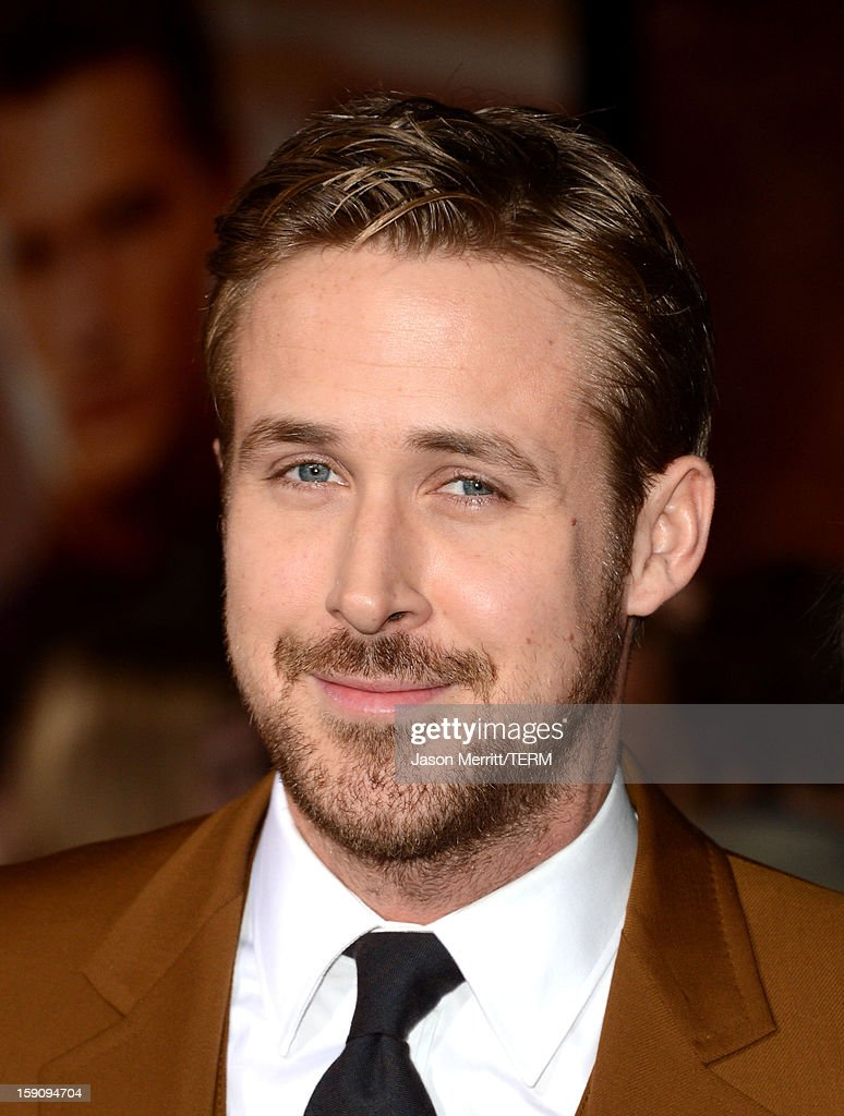 Actor <a gi-track='captionPersonalityLinkClicked' href=/galleries/search?phrase=Ryan+Gosling&family=editorial&specificpeople=214557 ng-click='$event.stopPropagation()'>Ryan Gosling</a> arrives at Warner Bros. Pictures' 'Gangster Squad' premiere at Grauman's Chinese Theatre on January 7, 2013 in Hollywood, California.