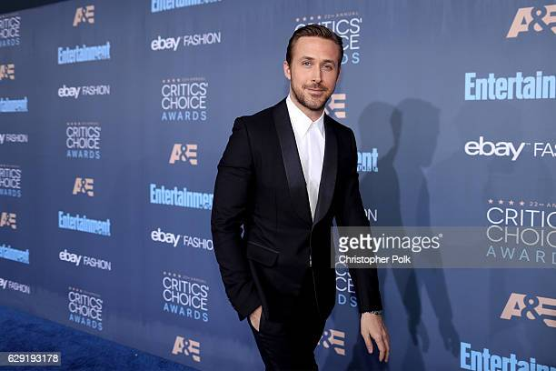 Actor Ryan Gosling attends The 22nd Annual Critics' Choice Awards at Barker Hangar on December 11 2016 in Santa Monica California