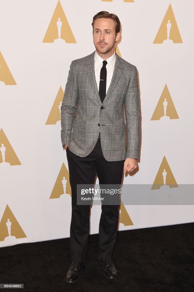 actor-ryan-gosling-attends-the-89th-annual-academy-awards-nominee-at-picture-id634048952