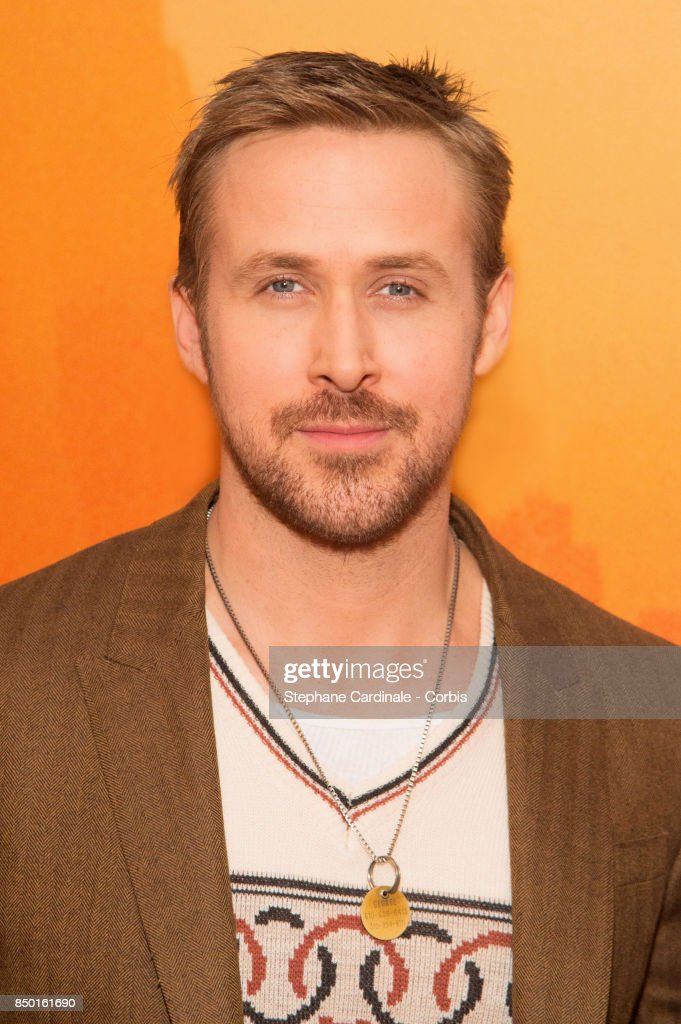 Actor Ryan Gosling attends the 'Blade Runner 2049' Photocall at Hotel Le Bristol on September 20, 2017 in Paris, France.