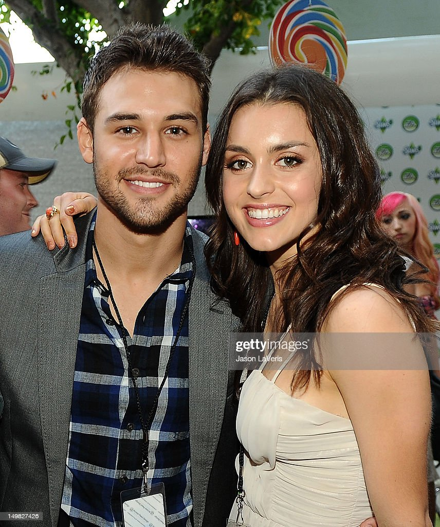 Actor Ryan Guzman and actress <a gi-track='captionPersonalityLinkClicked' href=/galleries/search?phrase=Kathryn+McCormick&family=editorial&specificpeople=7017400 ng-click='$event.stopPropagation()'>Kathryn McCormick</a> pose in the green room at the 2012 Teen Choice Awards at Gibson Amphitheatre on July 22, 2012 in Universal City, California.