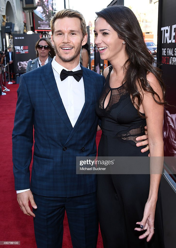 Actor <a gi-track='captionPersonalityLinkClicked' href=/galleries/search?phrase=Ryan+Kwanten&family=editorial&specificpeople=2963828 ng-click='$event.stopPropagation()'>Ryan Kwanten</a> (L) and Ashley Sisino attend Premiere Of HBO's 'True Blood' Season 7 And Final Season at TCL Chinese Theatre on June 17, 2014 in Hollywood, California.