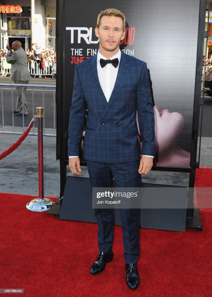 Actor Ryan Kwanten arrives at HBO's 'True Blood' Final Season Premiere at TCL Chinese Theatre on June 17 2014 in Hollywood California