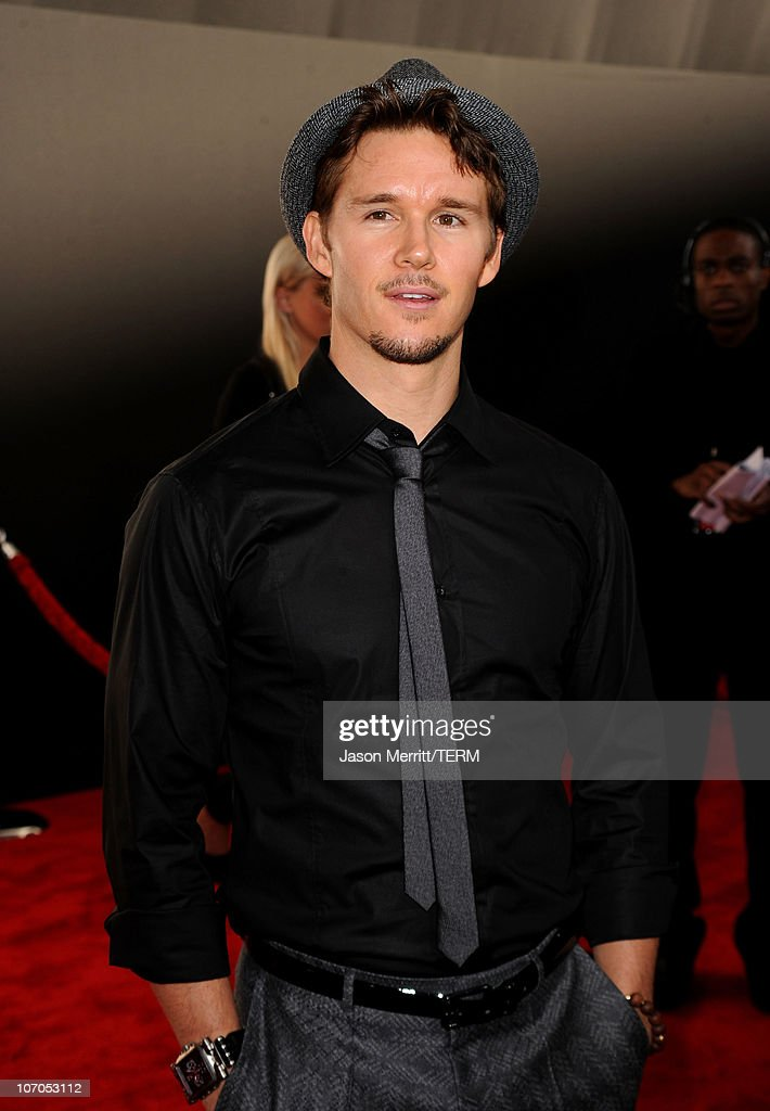 Actor Ryan Kwanten arrives at the 2010 American Music Awards held at Nokia Theatre L.A. Live on November 21, 2010 in Los Angeles, California.