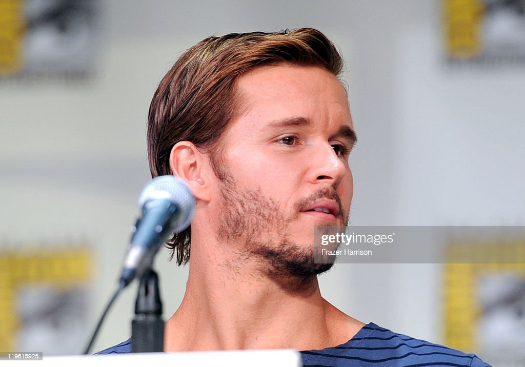 Actor <a gi-track='captionPersonalityLinkClicked' href=/galleries/search?phrase=Ryan+Kwanten&family=editorial&specificpeople=2963828 ng-click='$event.stopPropagation()'>Ryan Kwanten</a> speaks at HBO's 'True Blood' Panel during Comic-Con 2011 and the San Diego Convention Center on July 22, 2011 in San Diego, California.