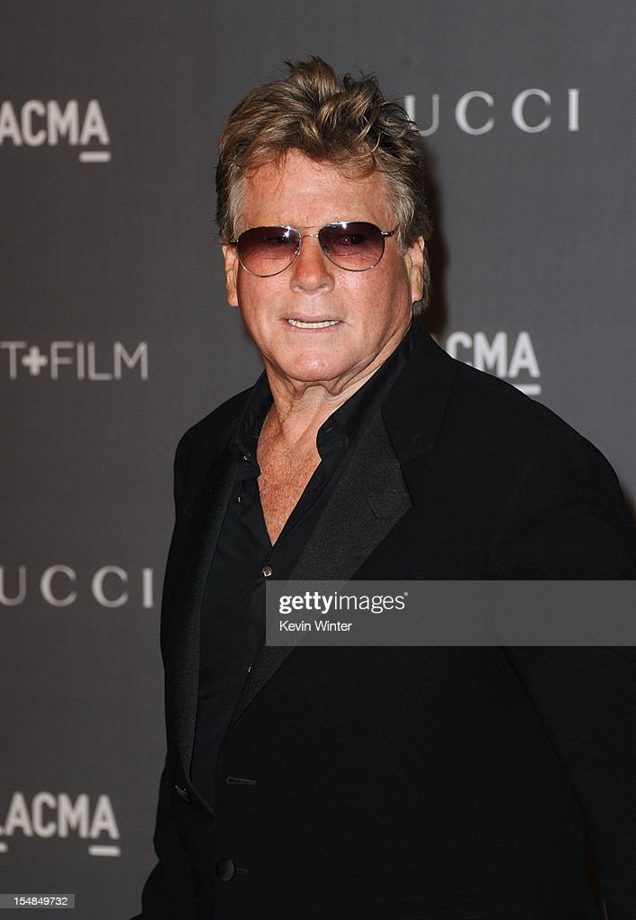 Actor <a gi-track='captionPersonalityLinkClicked' href=/galleries/search?phrase=Ryan+O%27Neal&family=editorial&specificpeople=213209 ng-click='$event.stopPropagation()'>Ryan O'Neal</a> arrives at LACMA 2012 Art + Film Gala at LACMA on October 27, 2012 in Los Angeles, California.