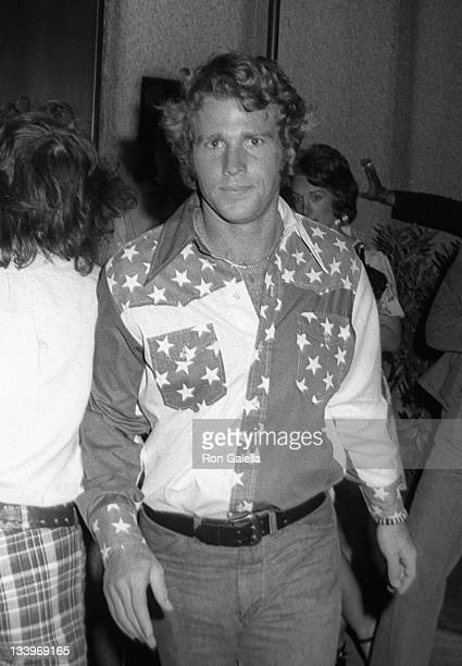 Actor Ryan O'Neal attends Stars For McGovern Campaign Rally on June 14 1972 at Madison Square Garden in New York City