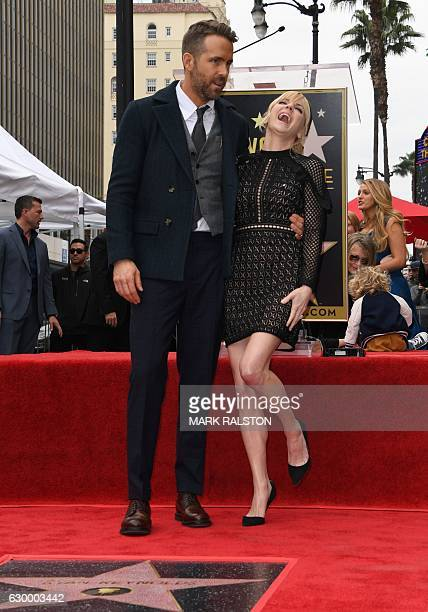 Actor Ryan Reynolds and actress Anna Faris pose for a photo during the Deadpool actors Hollywood Walk of Fame ceremony in Hollywood California on...