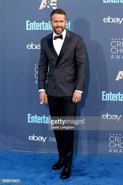 Actor Ryan Reynolds attends the 22nd Annual Critics' Choice Awards at Barker Hangar on December 11 2016 in Santa Monica California