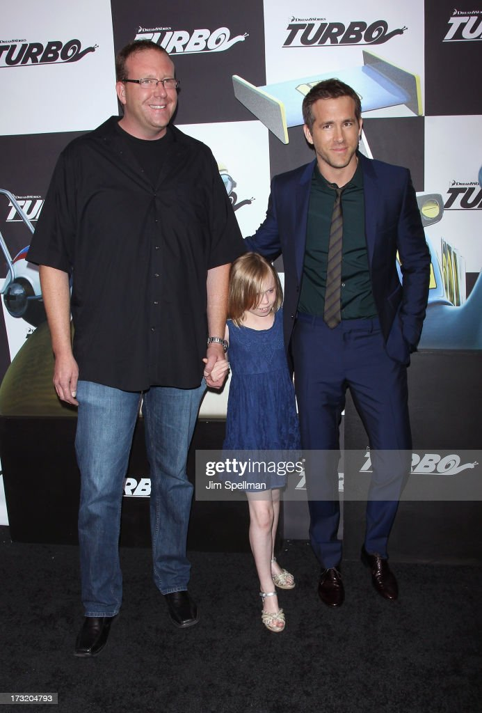 Actor <a gi-track='captionPersonalityLinkClicked' href=/galleries/search?phrase=Ryan+Reynolds&family=editorial&specificpeople=204149 ng-click='$event.stopPropagation()'>Ryan Reynolds</a> (R) with brother and niece attend the 'Turbo' New York Premiere at AMC Loews Lincoln Square on July 9, 2013 in New York City.