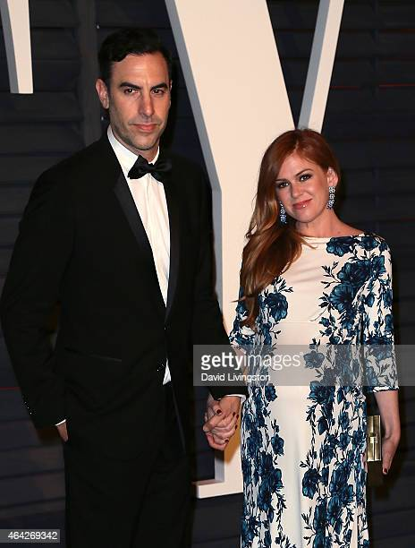 Actor Sacha Baron Cohen and wife actress Isla Fisher attend the 2015 Vanity Fair Oscar Party hosted by Graydon Carter at the Wallis Annenberg Center...