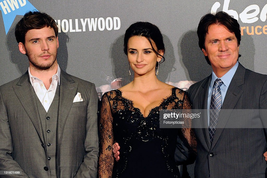 Actor <a gi-track='captionPersonalityLinkClicked' href=/galleries/search?phrase=Sam+Claflin&family=editorial&specificpeople=7238693 ng-click='$event.stopPropagation()'>Sam Claflin</a>, actress <a gi-track='captionPersonalityLinkClicked' href=/galleries/search?phrase=Penelope+Cruz&family=editorial&specificpeople=171775 ng-click='$event.stopPropagation()'>Penelope Cruz</a> and director <a gi-track='captionPersonalityLinkClicked' href=/galleries/search?phrase=Rob+Marshall&family=editorial&specificpeople=210892 ng-click='$event.stopPropagation()'>Rob Marshall</a> attend 'Pirates Of The Caribbean: On Stranger Tides' premiere at Kinepolis Cinema on May 18, 2011 in Madrid, Spain.