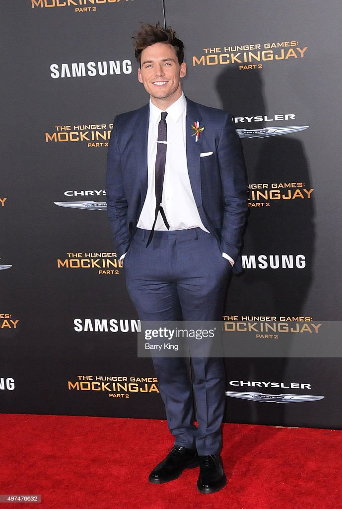 Actor Sam Claflin attends Premiere Of Lionsgate's 'The Hunger Games Mockingjay Part 2' at Microsoft Theater on November 16, 2015 in Los Angeles, California.