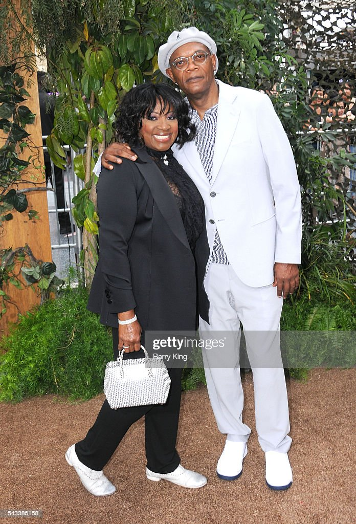 Actor Samuel L. Jackson (R) and wife LaTanya Richardson (L) attend the premiere of Warner Bros. Pictures' 'The Legend Of Tarzan' at TCL Chinese Theatre on June 27, 2016 in Hollywood, California.
