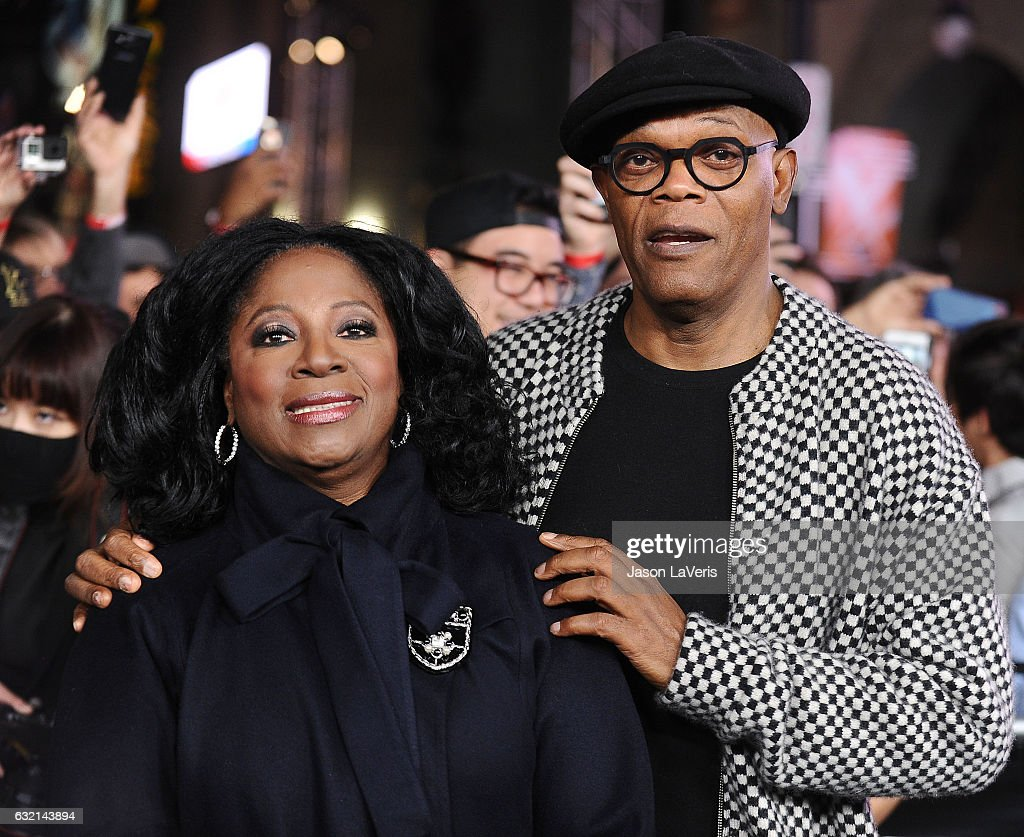 Actor Samuel L. Jackson (R) and wife LaTanya Richardson attend the premiere of 'xXx: Return of Xander Cage' at TCL Chinese Theatre IMAX on January 19, 2017 in Hollywood, California.