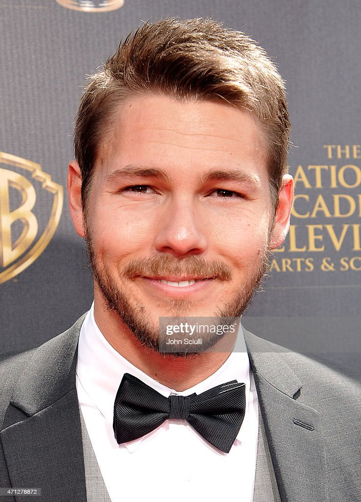 Actor <a gi-track='captionPersonalityLinkClicked' href=/galleries/search?phrase=Scott+Clifton&family=editorial&specificpeople=675202 ng-click='$event.stopPropagation()'>Scott Clifton</a> attends The 42nd Annual Daytime Emmy Awards at Warner Bros. Studios on April 26, 2015 in Burbank, California.