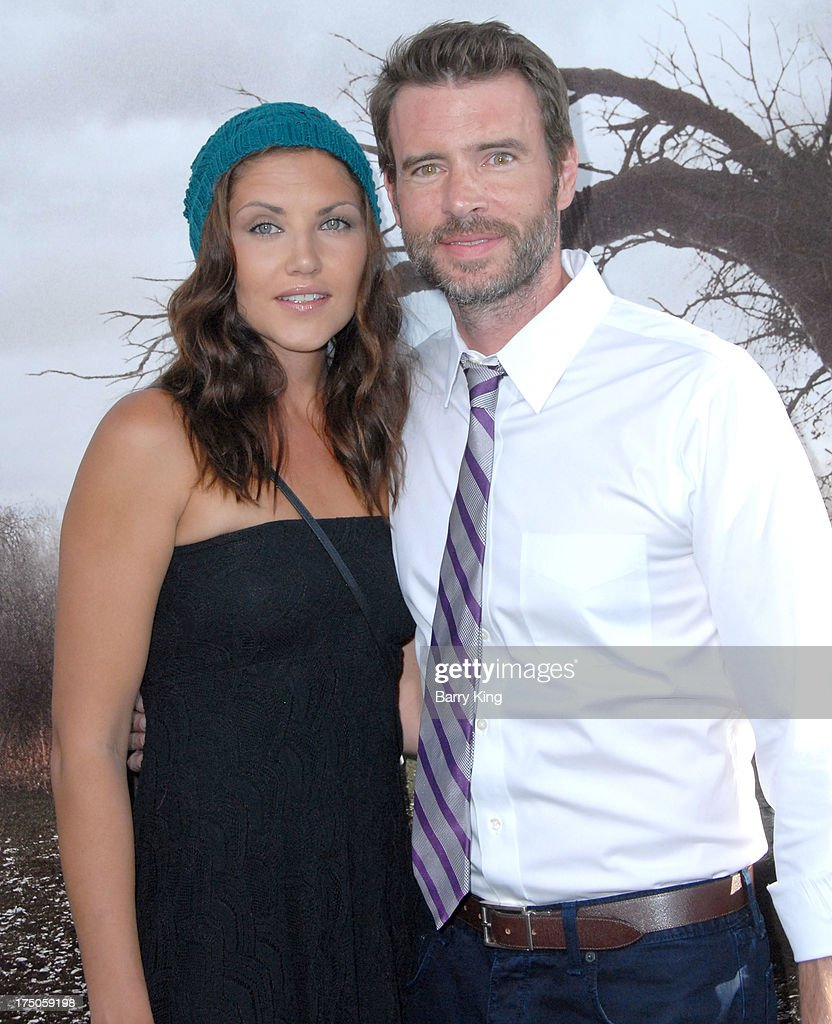 Actor <a gi-track='captionPersonalityLinkClicked' href=/galleries/search?phrase=Scott+Foley&family=editorial&specificpeople=615795 ng-click='$event.stopPropagation()'>Scott Foley</a> (R) and guest arrive at the Los Angeles Premiere 'The Conjuring' at ArcLight Cinemas Cinerama Dome on July 15, 2013 in Hollywood, California.