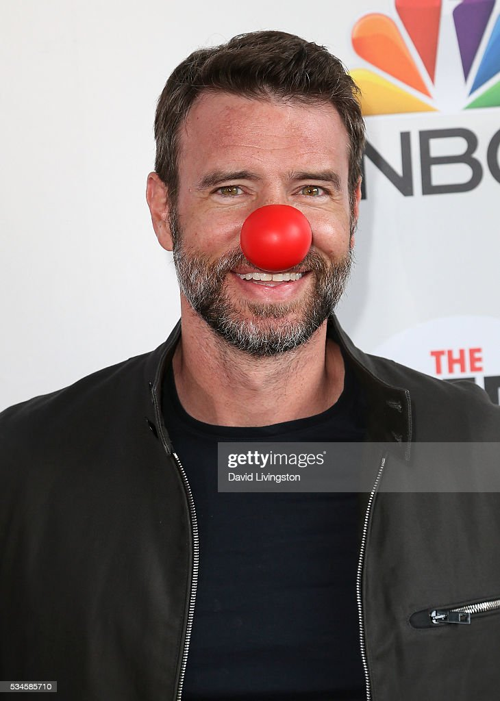 Actor <a gi-track='captionPersonalityLinkClicked' href=/galleries/search?phrase=Scott+Foley&family=editorial&specificpeople=615795 ng-click='$event.stopPropagation()'>Scott Foley</a> attends the Red Nose Day Special on NBC at the Alfred Hitchcock Theater at Alfred Hitchcock Theater at Universal Studios on May 26, 2016 in Universal City, California.