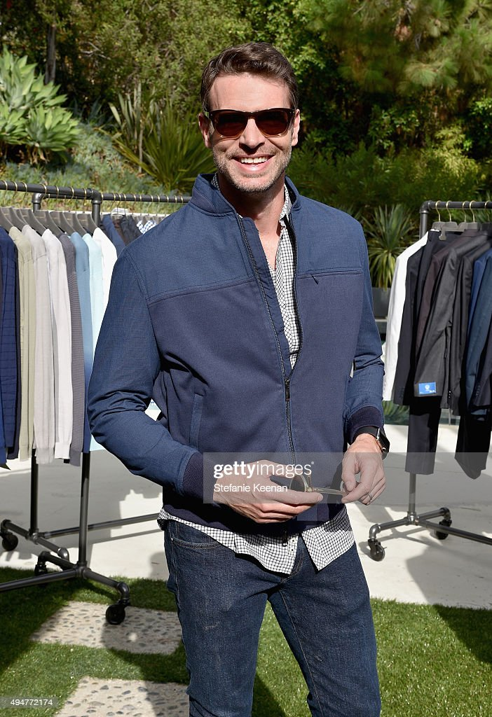 Actor Scott Foley trying on Sama Eyewear attends the Vince Camuto Mens exclusive preview at the home of Ashlee Margolis on October 28 2015 in Beverly...