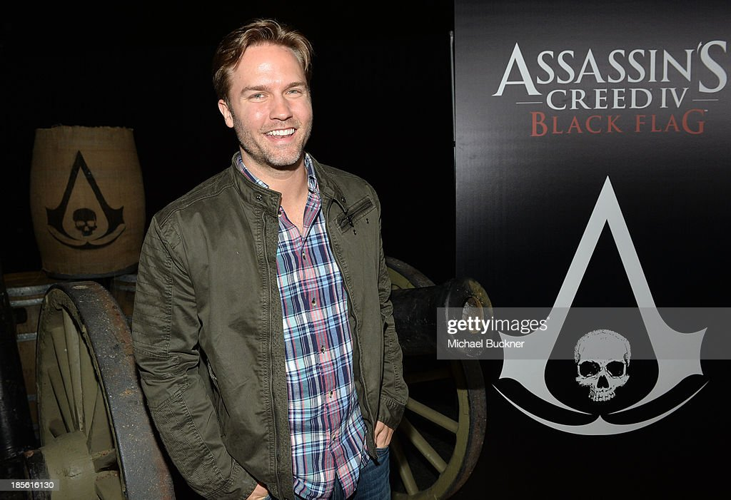 Actor Scott Porter attends the Assasin's Creed IV Black Flag Launch Party at Greystone Manor Supperclub on October 22, 2013 in West Hollywood, California.