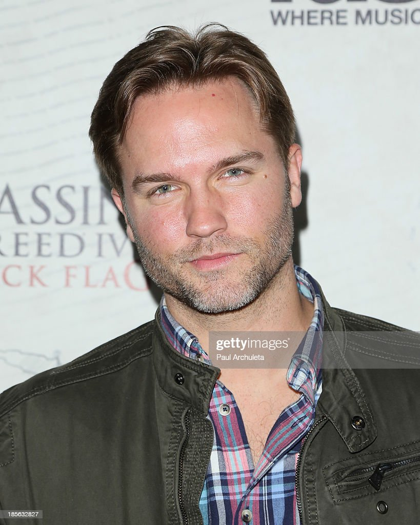Actor Scott Porter attends the launch party for Assassin's Creed IV Black Flag at Greystone Manor Supperclub on October 22, 2013 in West Hollywood, California.