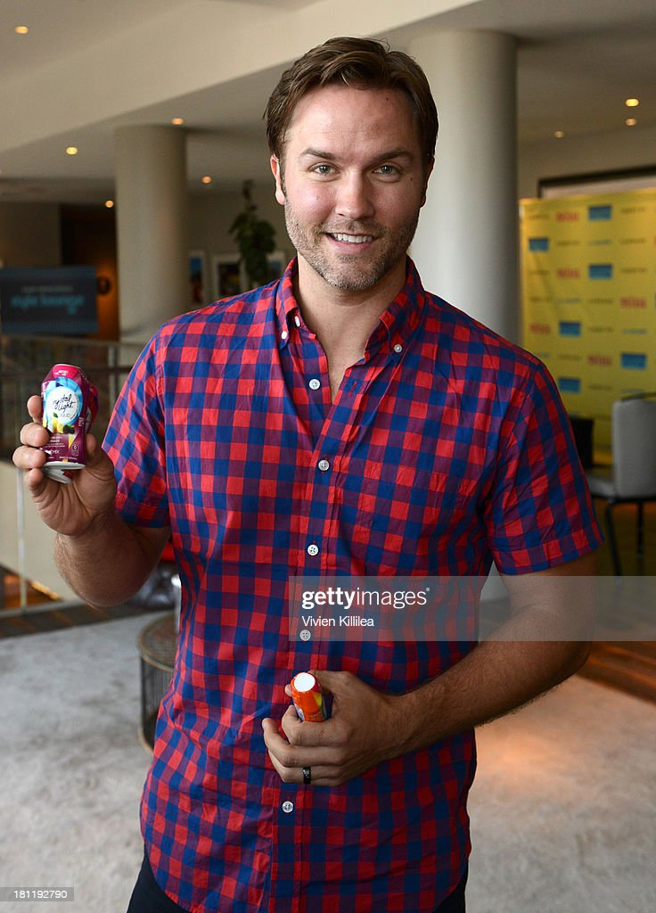 Actor Scott Porter stops by Crystal Light Liquid as they toast the Emmys at Kari Feinstein's Pre-Emmy Style Lounge at the Andaz Hotel on September 19, 2013 in Los Angeles, California.