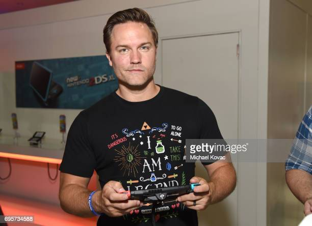 Actor Scott Porter visits the Nintendo booth at the 2017 E3 Gaming Convention at Los Angeles Convention Center on June 13 2017 in Los Angeles...