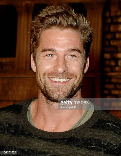 Actor Scott Speedman arrives at the Los Angeles Premiere 'Cloverfield' at Paramount Studios on January 16 2008 in Los Angeles California