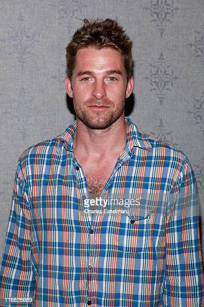 Actor Scott Speedman attends the 'Adoration' premiere at the AMC Loews 19th Street theater on April 27 2009 in New York City